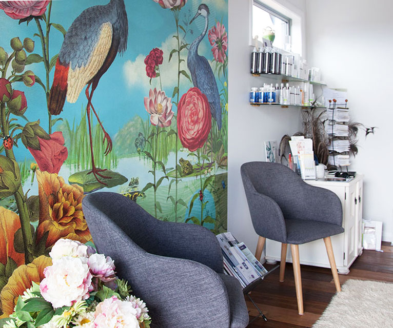 the waiting area at peaches skin and body clinic kerikeri